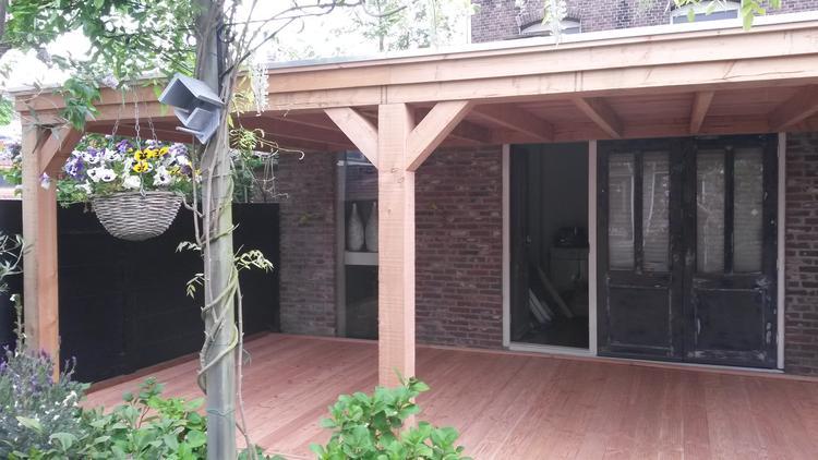 Welp Douglas veranda met vlonder vloer.. Foto geplaatst door BL-87