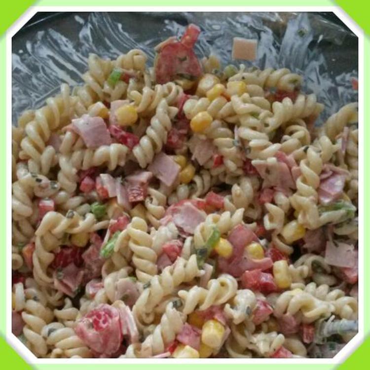 New Heerlijke koude pasta salade! Hiervoor kook je 200 gram macaroni #ZI26