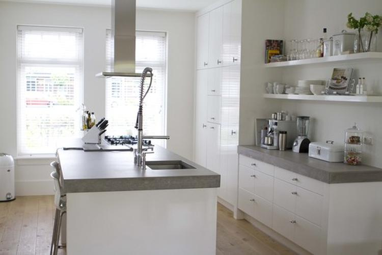 Vtwonen keuken houten for Foto witte keuken