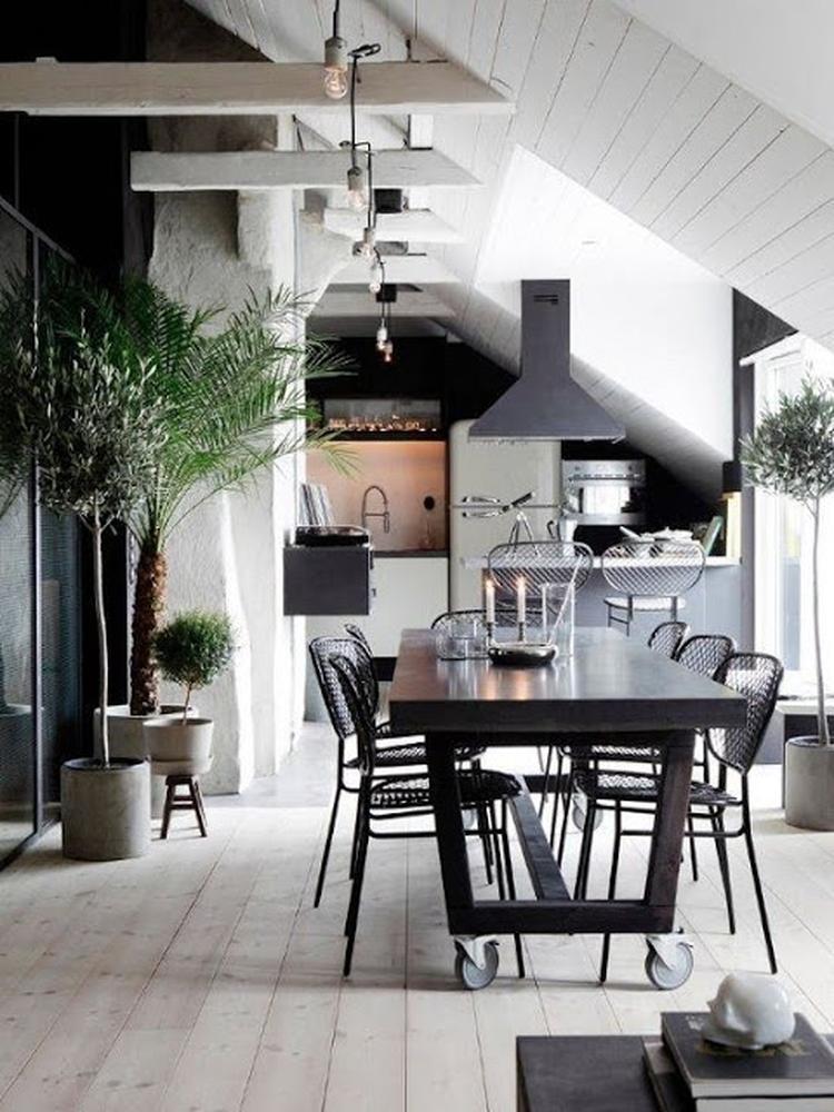 Scandinavisch industrieel interieur eetkamer wit zwart rustig ...