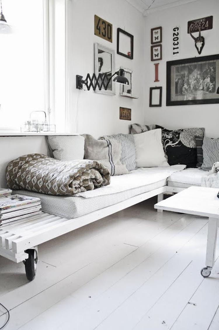 scandinavisch industrieel interieur woonkamer wit zwart rustig