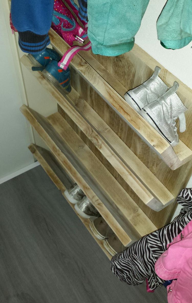 Schoenenkast 17 Cm Diep.Schoenenkast Wand Gemaakt Van Gebruikt Steigerhout Simpel Model
