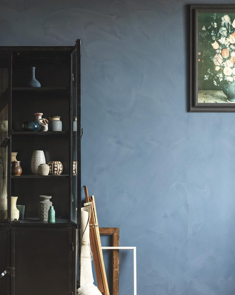 Schilderij Plank Karwei.Karwei Muurverf Met Een Kalkstructuur In Een Warme Blawe Tint