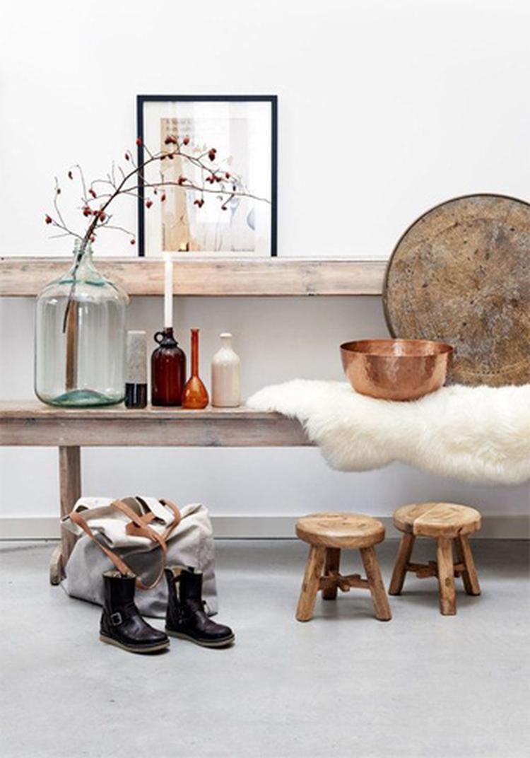 63dd9977667 accessoires: schilderijen, vazen, potten, deken in hout-wit-grijs ...