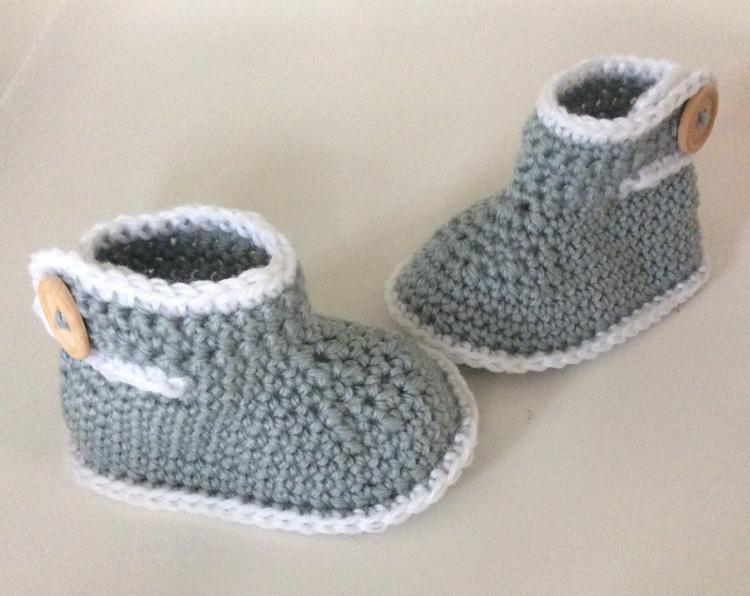 Gehaakte Baby Slofjes Geinspireerd Op Uggs Model Verkrijgbaar In