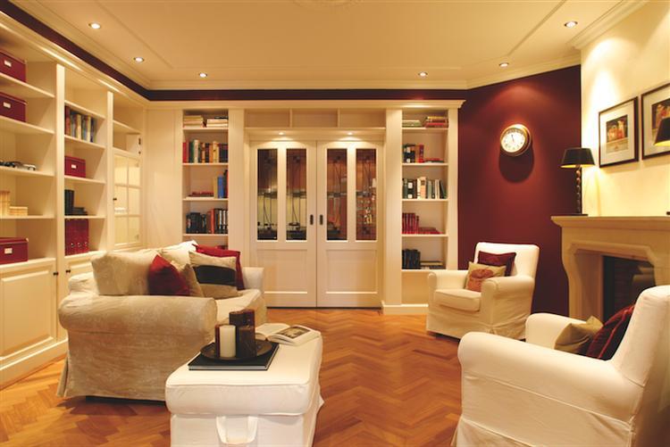 mooie inbouwkasten woonkamer. Foto geplaatst door maha op Welke.nl