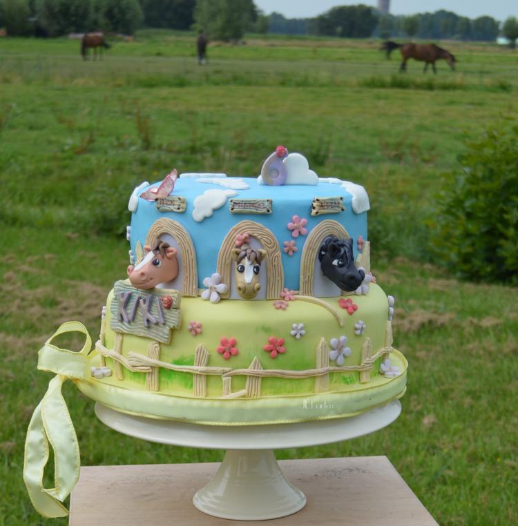 Populair paarden taart, verjaardags taart voor KiKa van JEtaarten Purmerend #XK97