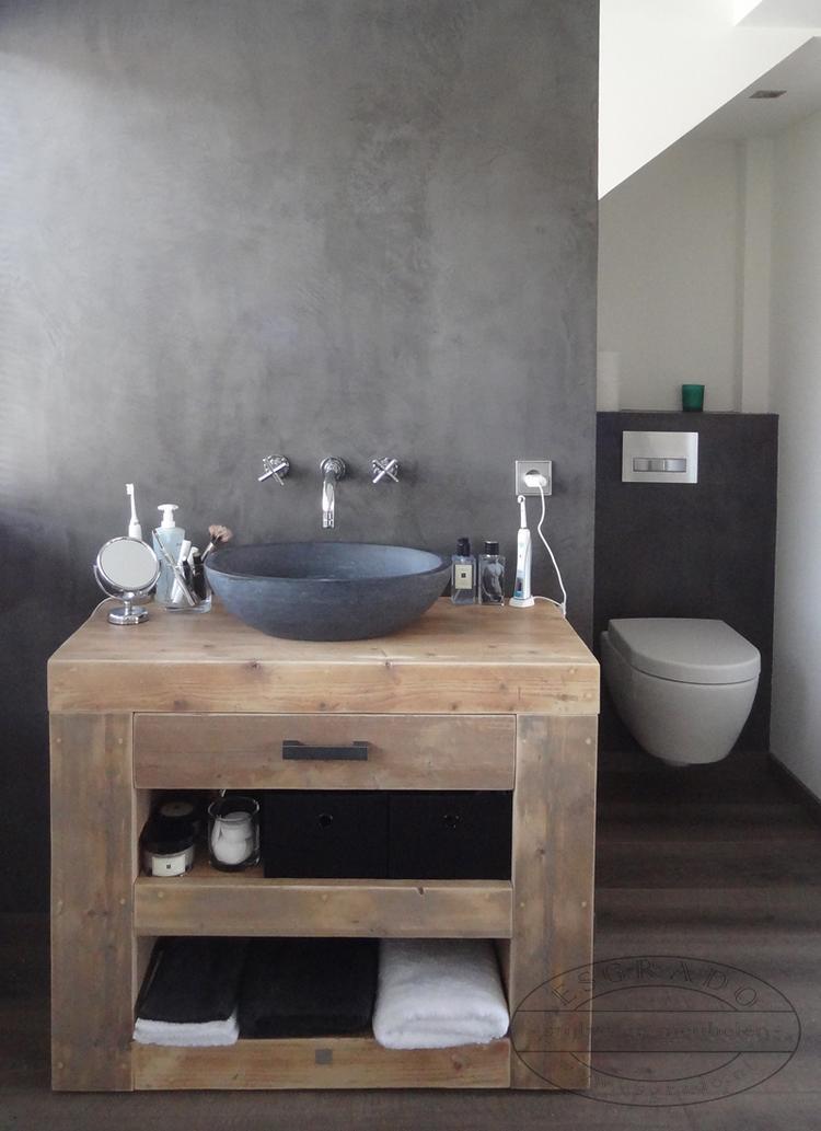 Leuke wastafel van steigerhout. . Foto geplaatst door Ineke-de ...