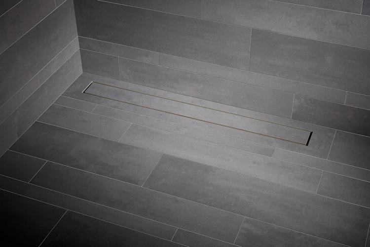 Bijna onzichtbare drain voor in de douche. Drempelloze inloopdouches ...