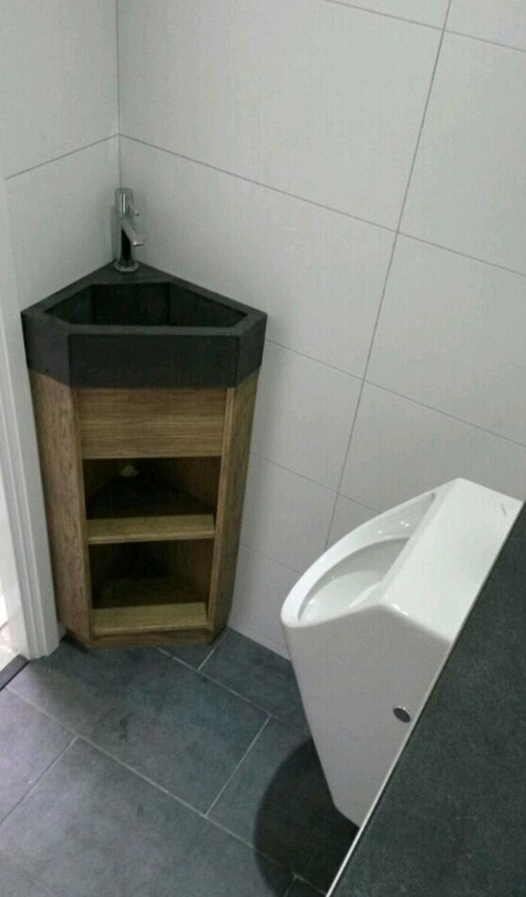 WC fonteintje met hoekmeubel. Voor meer informatie, ga naar ...