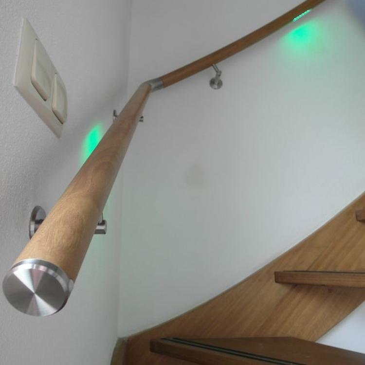 Eiken trapleuning #lumigrip #lumiwood met LED verlichting #maatwerk ...