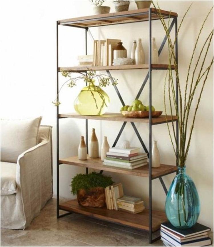 Stellingkast (IKEA) in de woonkamer. Foto geplaatst door sariro op ...