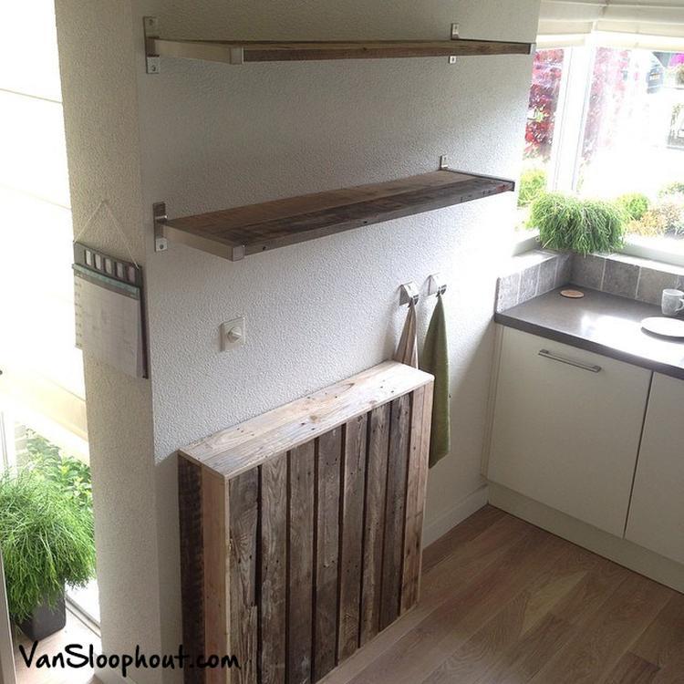 Radiator ombouw en planken van sloophout in de keuken. #sloophout ...
