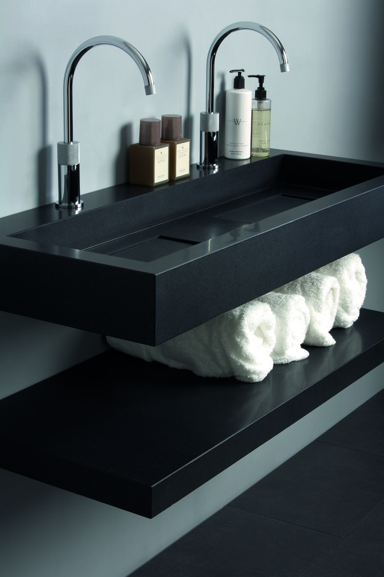 Kast Onder De Wasbak.Zwarte Design Wastafel Met Legplank De Rechthoekige Wastafel Is