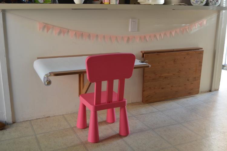 Minimalistische kinder tafels. foto geplaatst door pwvandeursen op