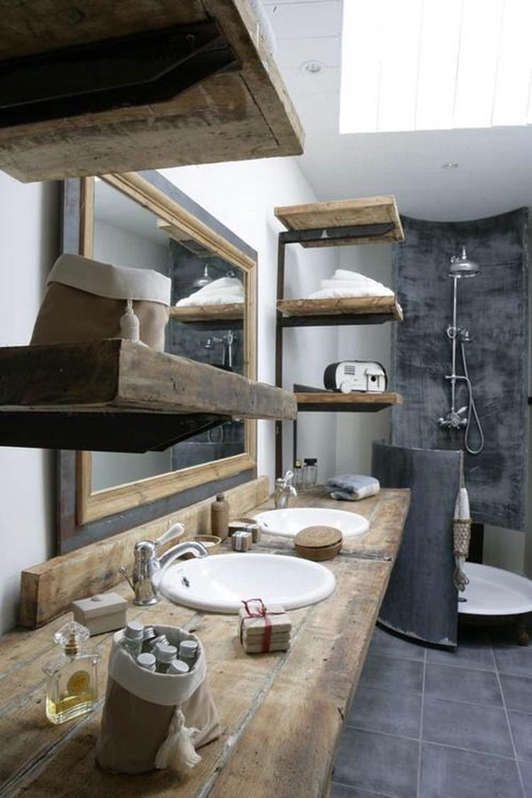 Industriële badkamer. Foto geplaatst door gemmavandervegt op Welke.nl