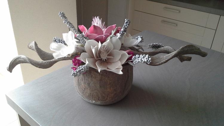 Voorkeur Kunstbloemstuk in houten pot bestaande uit foam, kunst en zijde  @BS57