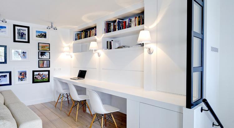 strak, wit, lange werktafel, van essen. Foto geplaatst door cloeck ...