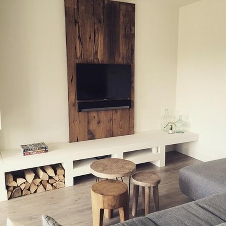 Tv Wand Met Daarbij Een Tv Meubel Op Maat Gemaakt Wand Is