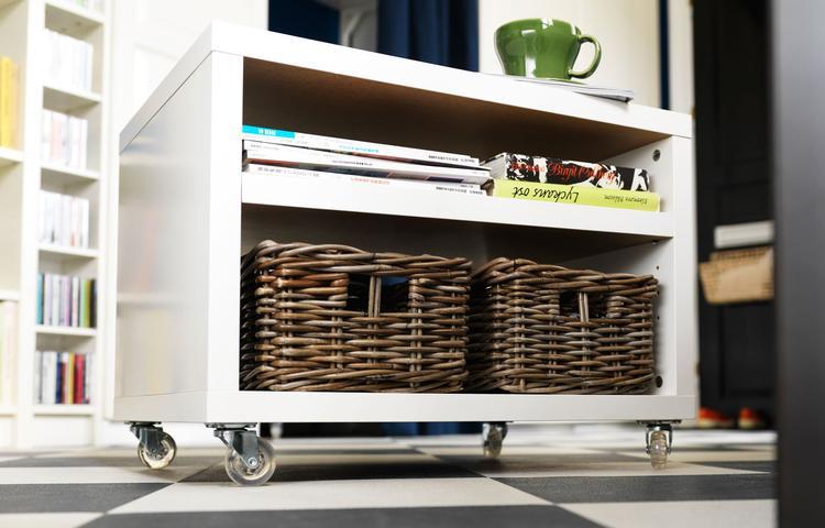 Wielen Voor Meubels : Ikea nachtkastje odda op wielen. een nachtkastje op wielen is veel