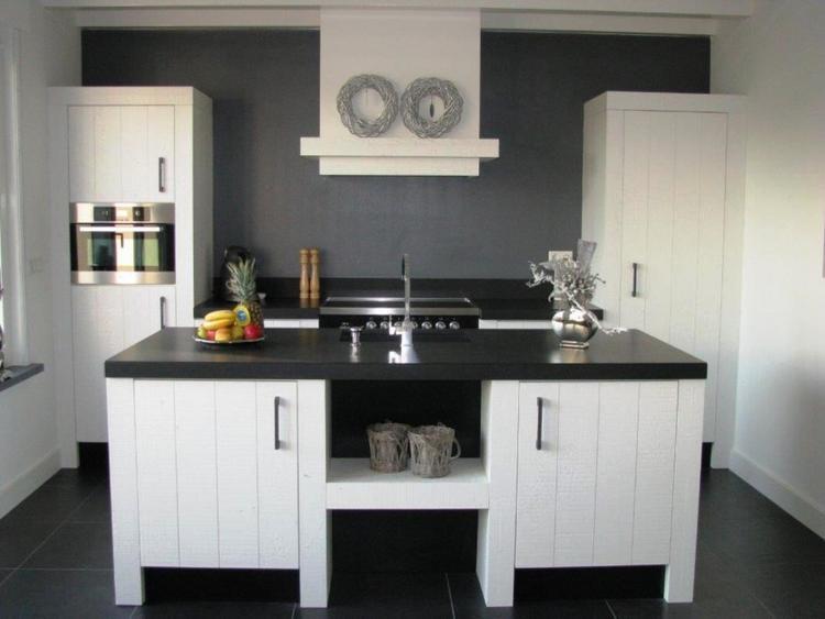Mooie zwart witte houten keuken foto geplaatst door stef op welke