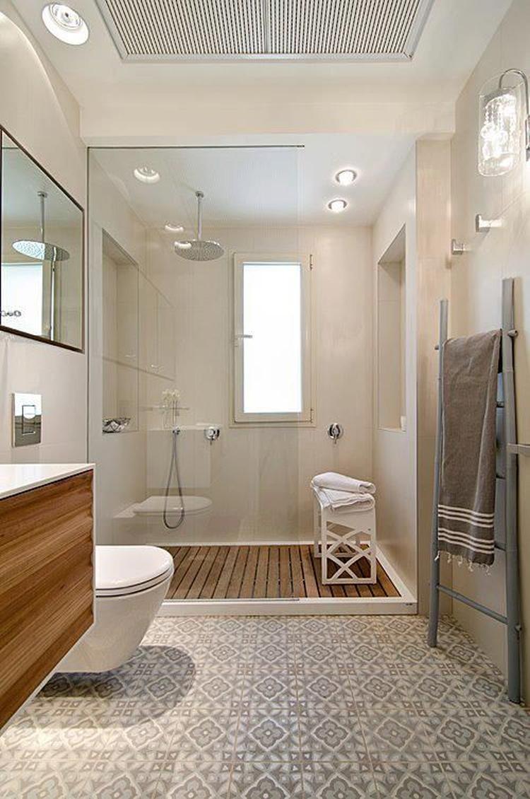 Hout in badkamer.. Foto geplaatst door Maura_l op Welke.nl