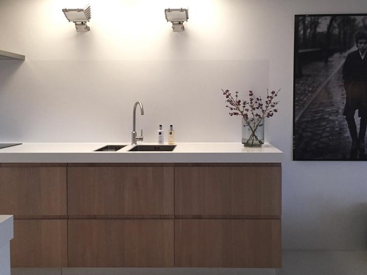 Moderne Lichte Keuken Met Eiken Fronten Een Combinatie Van Ikea