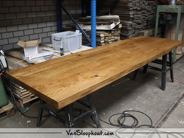 Gerookt Eiken Tafel : Eiken tafelblad massief 30mm en opgedikt naar 60mm! vervolgens een