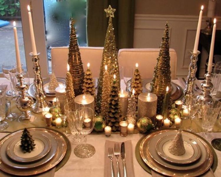 Kerst Tafel Decoratie : Warme kersttafel decoratie met lekker veel bling.. foto geplaatst