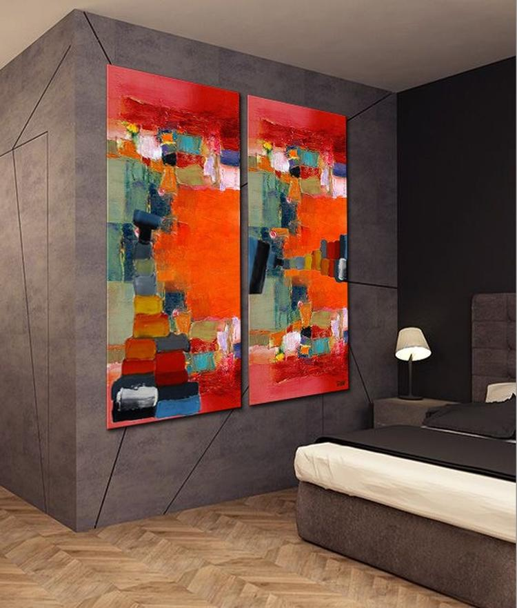 xxl tweeluik schilderij in een moderne slaapkamer dit kunstwerk is genaamd the voyage en geschilderd door irina dit extra groot formaat acryl schilderij