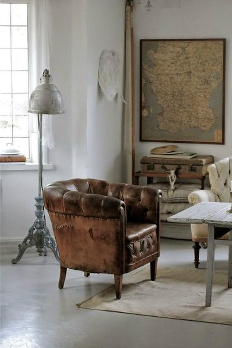 Zo\'n stoere leren stoel past perfect in een industriële woonkamer ...