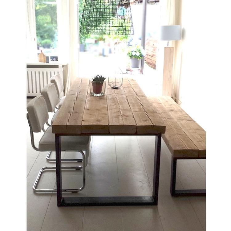 Industriele Tafel En Bank.Eettafel Timber Met Bankje Handgemaakte Meubels Gemaakt Van Oude