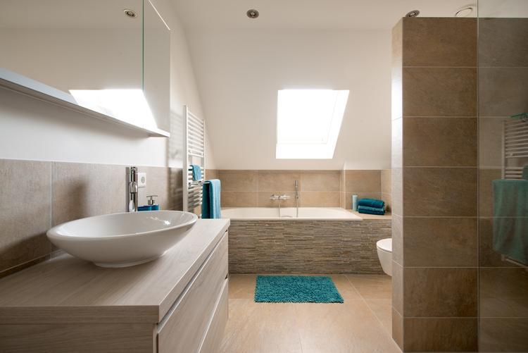 Middelkoop Culemborg / badkamers) Deze gerealiseerde badkamer heeft ...