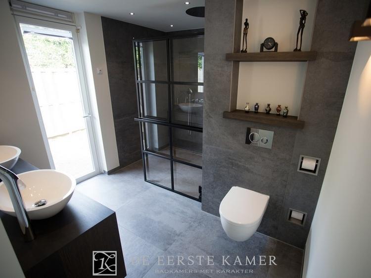 De Eerste Kamer) Schitterende wellness badkamer, met passie ...