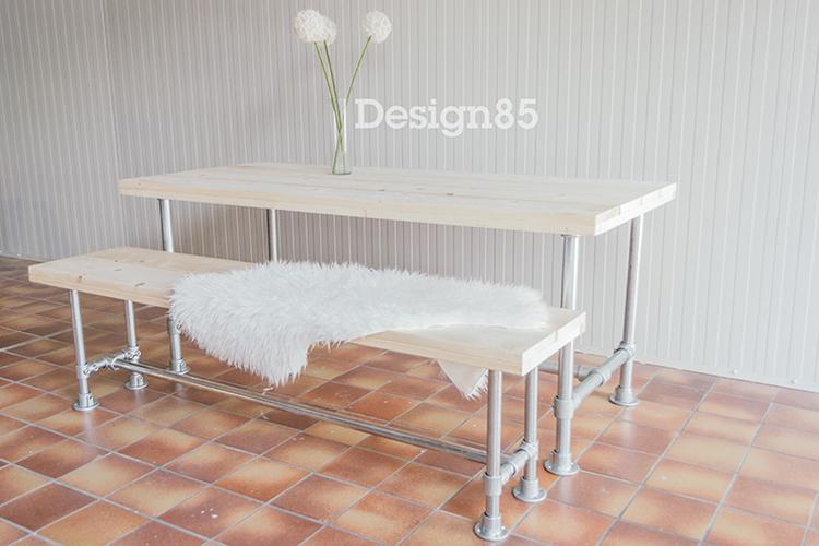 Steigerbuis Tafel Onderstel : Authentieke tafel van steenschot met steigerbuis onderstel