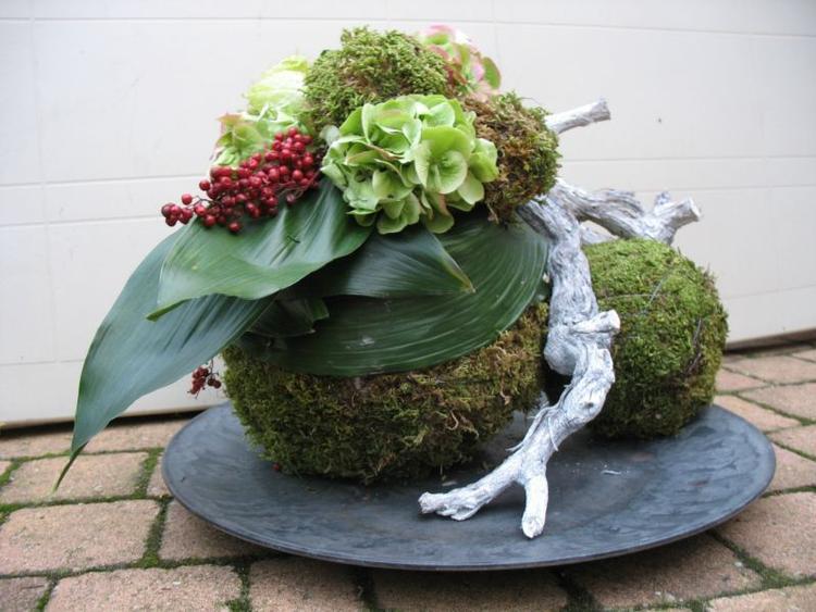 Zeer Mooi herfst / kerst decoratie als bloemstuk op schaal  &YL87