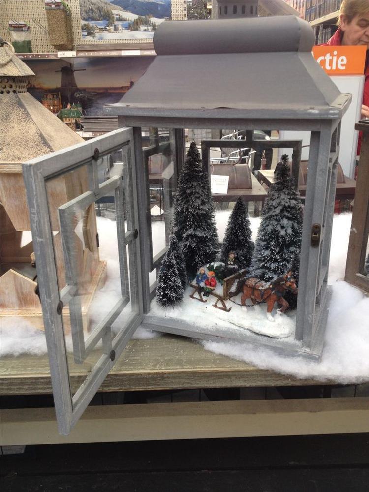 creer deze keer geen kaarsen in de lantaarn maar maak een kerst