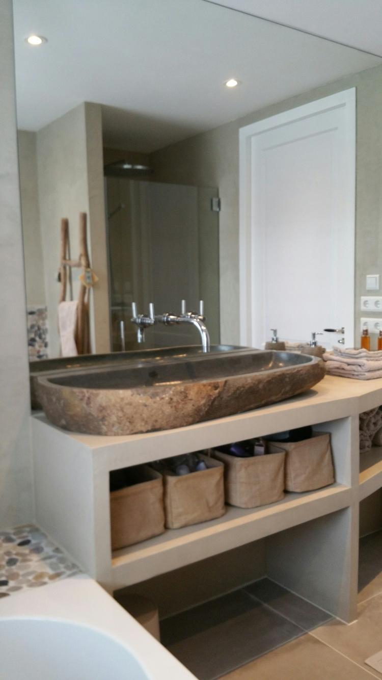 Badkamer beton ciré. Foto geplaatst door ASN interieur styling op ...