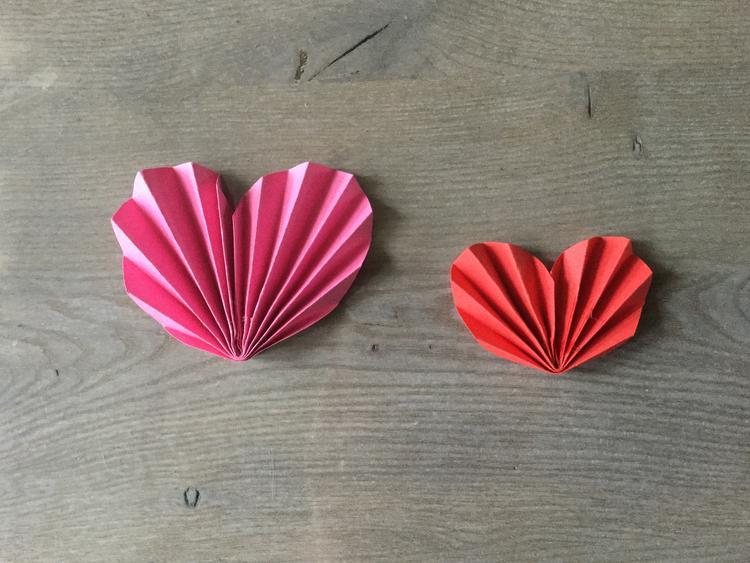 Diy Valentijn Idee Moederdag Idee Leuke Hartjes Van Papier