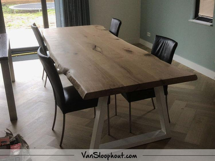 boomstam tafel met een strak industrieel stalen frame je kunt bij ons zelf je tafel samen stellen combineer het tafelblad met frame wat jij mooi vindt