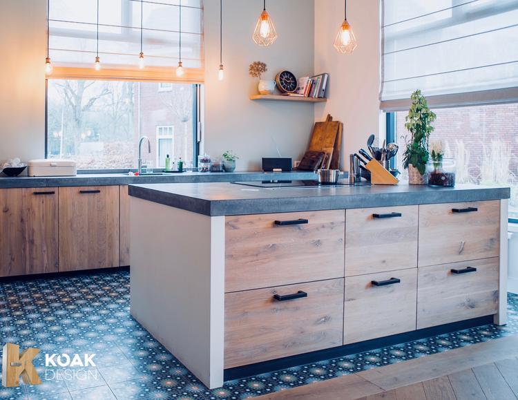 Ikea Koak Keuken : Koak design van massief eikenhouten deuren met een betonnen
