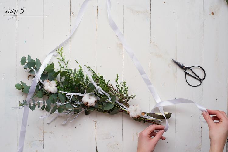 Diy Met Takken : Kerst krans in een tak nodig * robuuste dikke tak katoenplant
