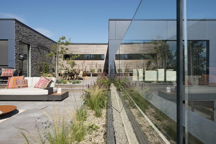 Modern dakterras foto geplaatst door studio redd op welke