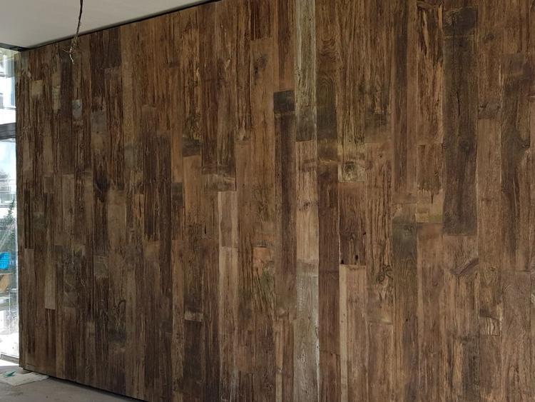 houten wand , robuuste wrakhouten wand uniek en exclusief bij
