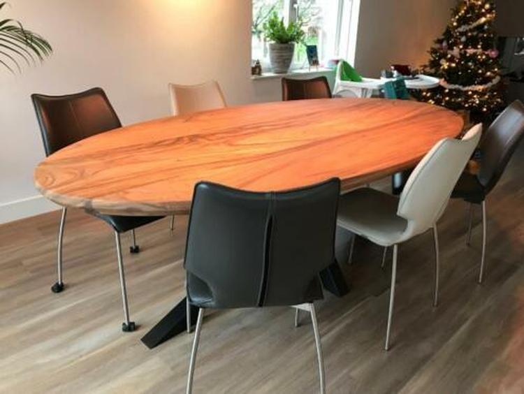 Teakhouten Tafel Bank : Robuuste houten tafel teakhouten tafel met metalen onderstel