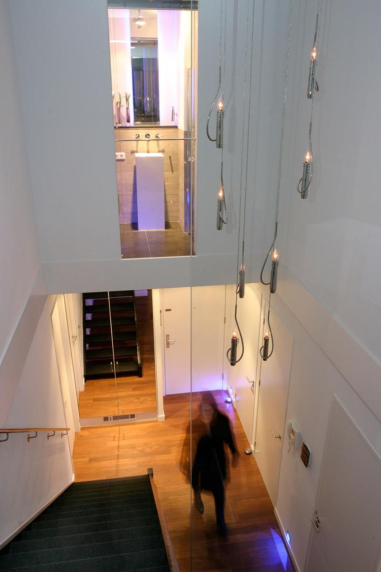 Badkamer boven trap. De tweede badkamer in het penthouse is gemaakt ...