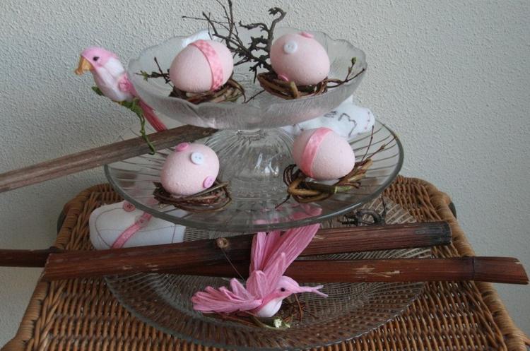 Ei Voor In De Tuin.Hoe Leuk Kan Eenvoud Zijn Eieren Uitblazen En Verven En Versieren