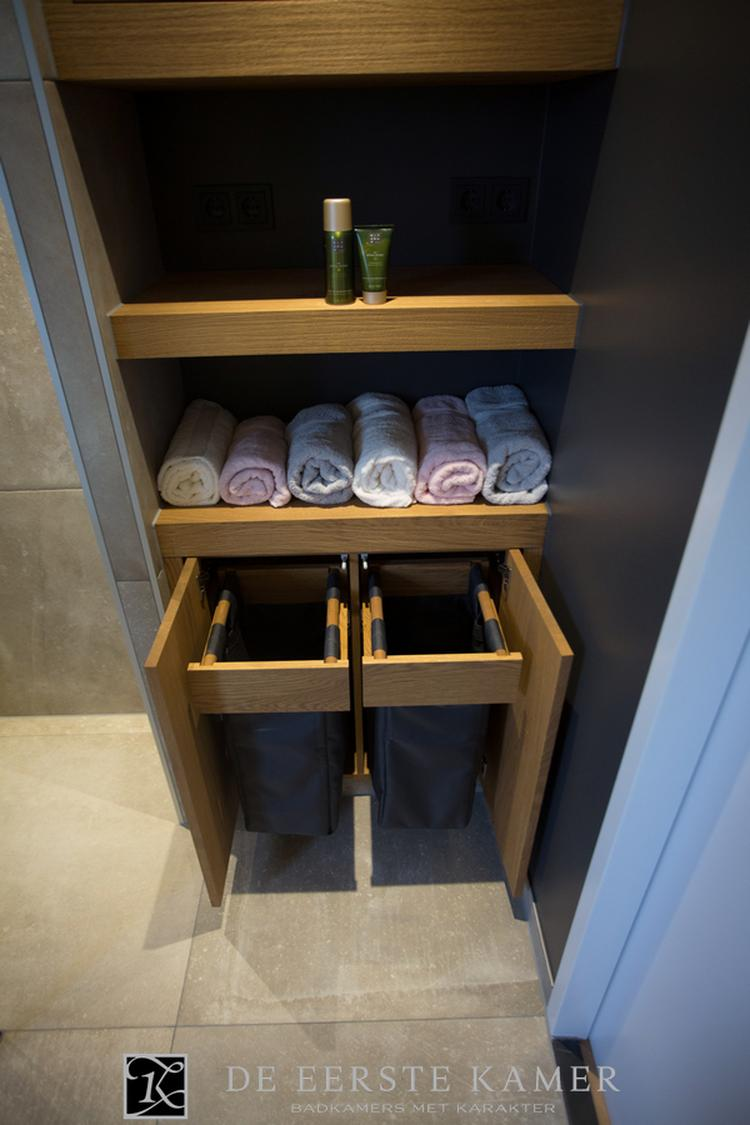 Badkamerkast Op Maat.De Eerste Kamer Handig Zo N Badkamerkast Op Maat Gemaakt Foto