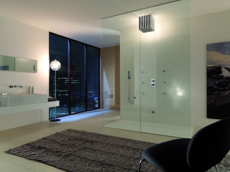 Inloopdouche Met Regendouche : Sfeervolle moderne badkamer met bossini douche de inloopdouche