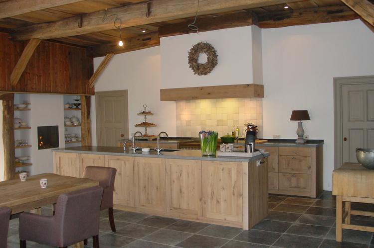 Keuken Eiken Houten : Moderne eikenhouten keuken foto geplaatst door haran op welke